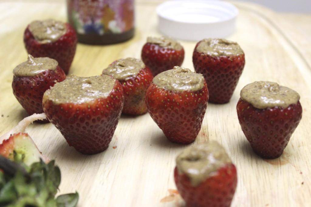 almond butter stuffed strawberries 7
